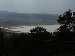 Lowstand of Tomine Reservoir seen from Guatavita.jpg