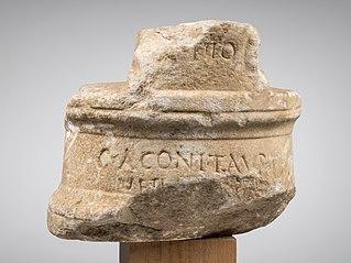 Piédouche d'un buste disparu Ra 178