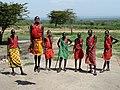 Maasai welcome dance. Приветственный танец масаев - panoramio.jpg