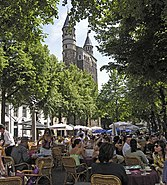 Maastricht platz vor liebfrauenkirche