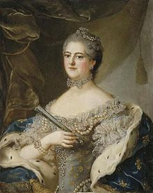 Mademoiselle de Sens wearing Fleur-de-lis by a member of the school of Nattier.jpg