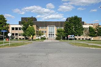 Tunney's Pasture - Image: Main Bldg Ottawa