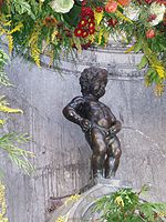 Manneken Pis is seen as a symbol of French and Dutch cohabitation in Brussels.