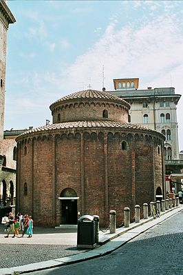 Mantova old church.jpg