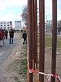 Marking the Berlin Wall (6976082368).jpg