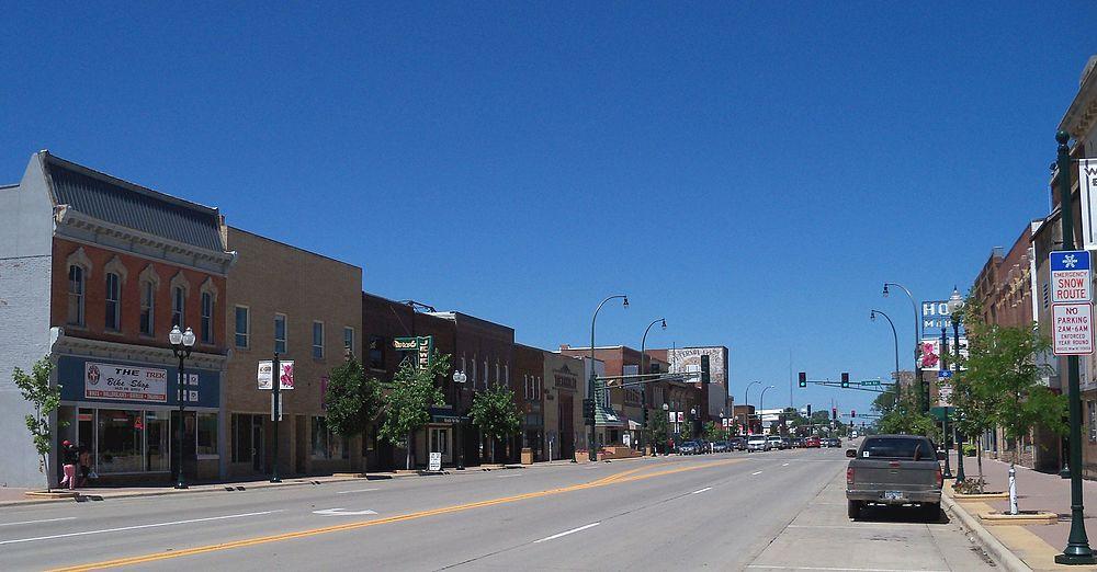 The population density of Marshall in Minnesota is 516.23 people per square kilometer (1337.24 / sq mi)