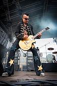 Matti Kähkönen - Rakuuna Rock 2014 1.jpg