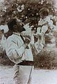 Maurice Pillard Verneuil et sa fille Viviane (4 octobre 1909).jpg