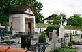 Merazhofen Friedhof mit Kapelle.jpg