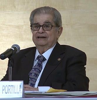 Miguel León-Portilla - Image: Miguel León Portilla Notimex TV