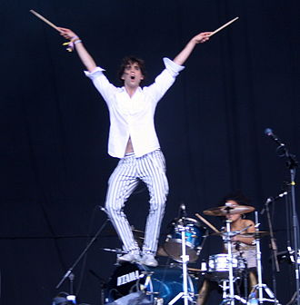Mika (singer) - Mika at the 2007 Glastonbury Festival in Somerset, England