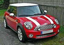 Mini Cooper Facelift front.JPG