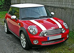 Mini Cooper Facelift front.JPG