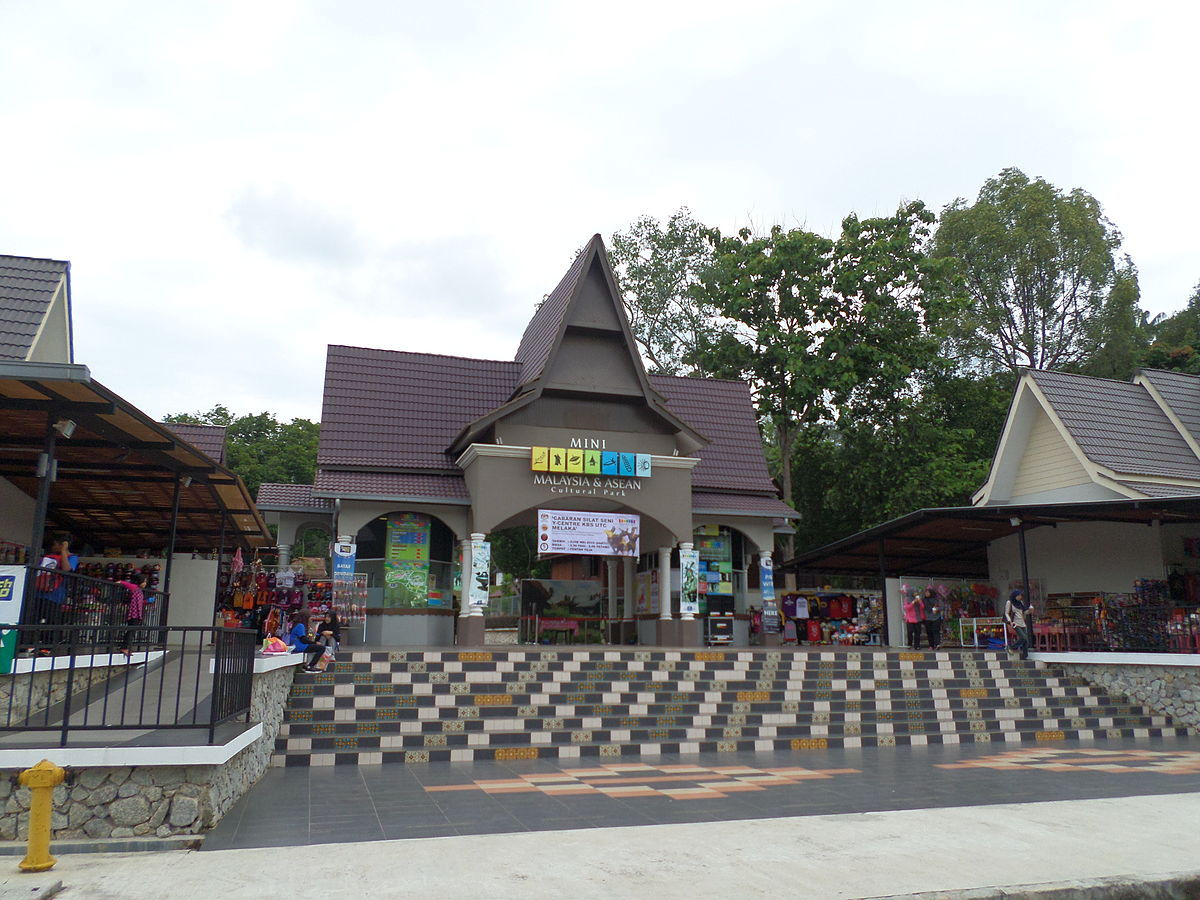 Mini Malaysia And Asean Cultural Park Wikipedia