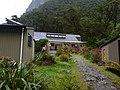 Mintaro Hut - 2013.04 - panoramio.jpg