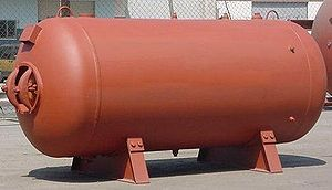 Pressure vessel - Horizontal pressure vessel in steel.