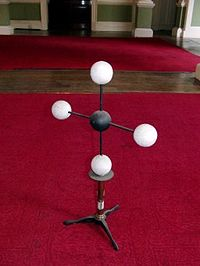 Molecular Model of Methane Hofmann.jpg