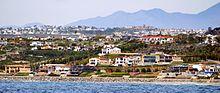 220px-Monarch_Beach%2C_Dana_Point%2C_California_2_photo_D_Ramey_Logan.jpg