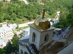 Милиционеры посетили Свято-Успенский мужской монастырь в Красноярске