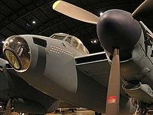 Un Mosquito con le insegne del 653 Bomb Squadron, esposto presso il National Museum of the United States Air Force di Dayton (Ohio).