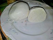 Mozzarella di bufala campana prodotta ad Aversa