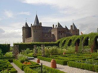Muiden Castle - Image: Muiderslot 010