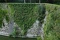 Muurbegroeiing op de Menenpoort te Ieper - 370963 - onroerenderfgoed.jpg