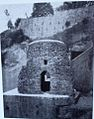 Napoli, Tomba di Virgilio 2.jpg