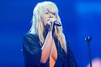 Natasha Bedingfield - 2016330204736 2016-11-25 Night of the Proms - Sven - 1D X - 0174 - DV3P2314 mod.jpg