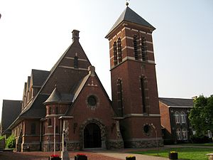 Neerwinden - The Church of the Holy Cross (Heilig Kruiskerk) in Neerwinden