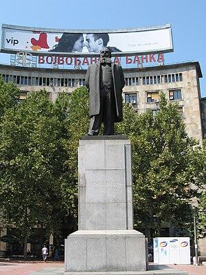 Nikola Pašić Square - Nikola Pašić statue
