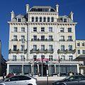 Norfolk Hotel (Mercure Brighton Seafront), King's Road, Brighton (NHLE Code 1381642) (October 2013) (1).JPG