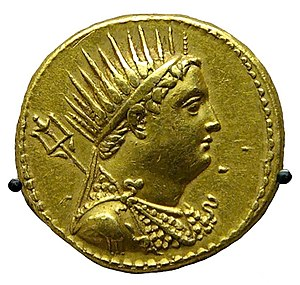 Ptolemy III Euergetes - Gold coin depicting Ptolemy III issued by Ptolemy IV to honor his deified father