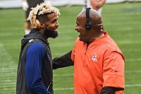 Beckham speaking to Browns head coach Hue Jackson in 2017.