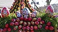 Osterbrunnen mit Osterkrone Berga Elster 2019 15.jpg