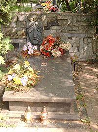 PL Lodz Doly Cemetery Aleksander Fogiel.jpg