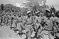 Paleistuin Buitenzorg. Parade van KNIL eenheid, Bestanddeelnr 97-2-2.jpg