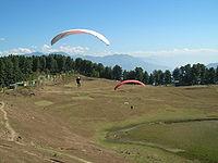 Paragliding at Sanasar.jpg