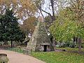 Parigi, parc monceau 02.JPG