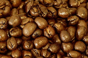 English: Peaberry (caracoli) arabica coffee be...