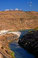 Pelton Dam (Jefferson County, Oregon scenic images) (jefD0009).jpg