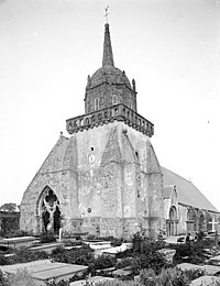 Perros-Guirec - Église Saint-Jacques - Martin-Sabon 06.jpg