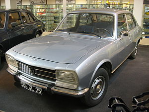 Peugeot 504 - Image: Peugeot 504 000