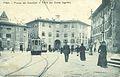 Piazza dei Cavalieri e tram.jpg