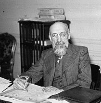 Pierre Dézarnaulds 1936.jpg