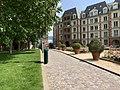 Place Valois Charenton Pont 1.jpg