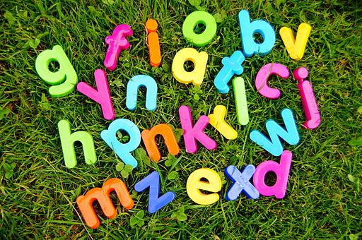 Plastic alphabet 08