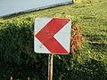 Ploča za označavanje zavoja na cesti.JPG