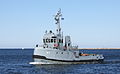Polish navy tugboat H-7.JPG