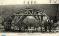 Pont en cours de reconstruction en automne 1915.png